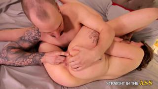 Straight In The Ass - Amateur Anal with a Newbie